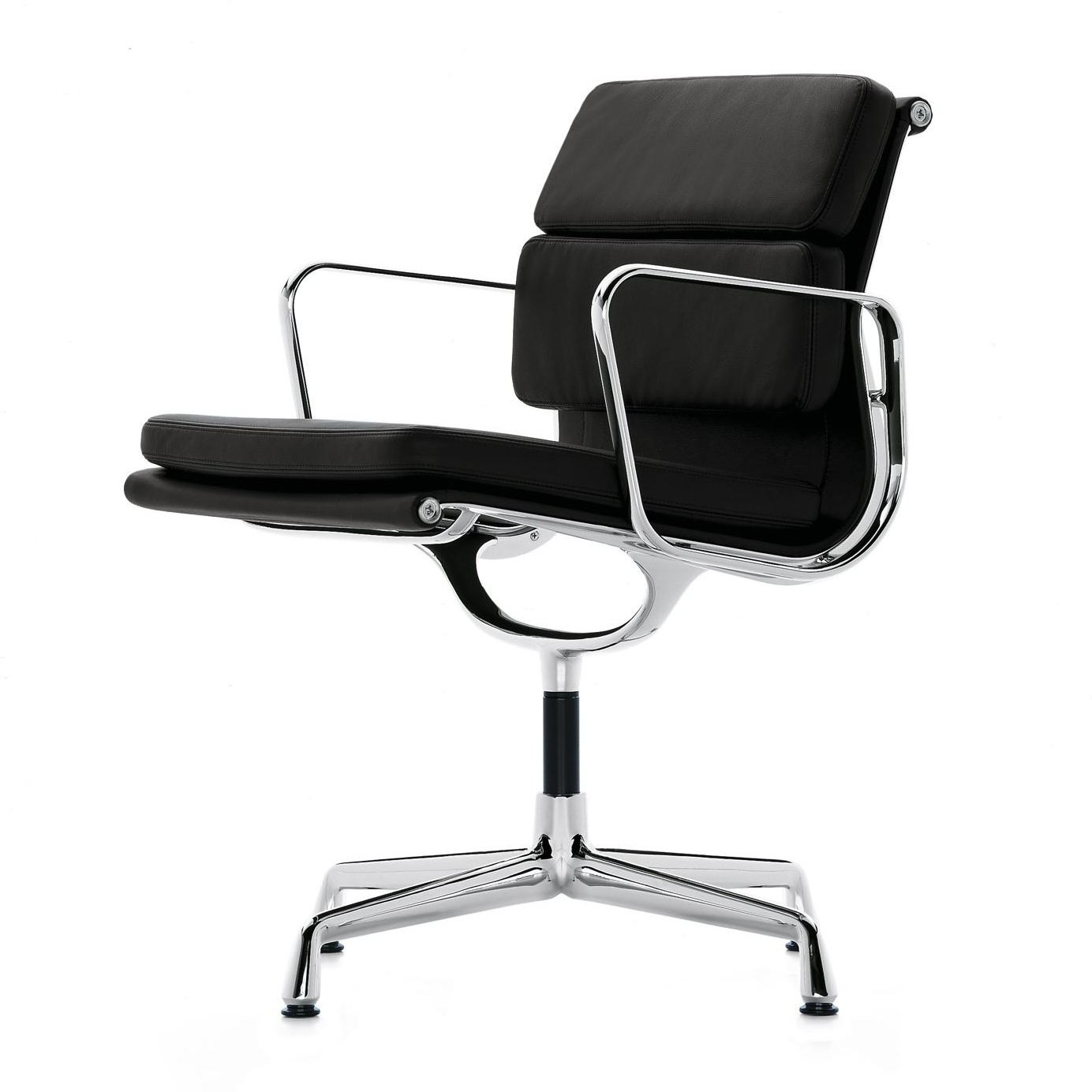 Vitra - EA 207 Soft Pad Konferenzstuhl - schwarz/Bezug Leder 66/Gestell verchromt/nicht drehbar/BxHxT 58x84x59cm | Büro > Bürostühle und Sessel  > Konferenzstühle | Schwarz | Leder| aluminium| polyurethan | Vitra