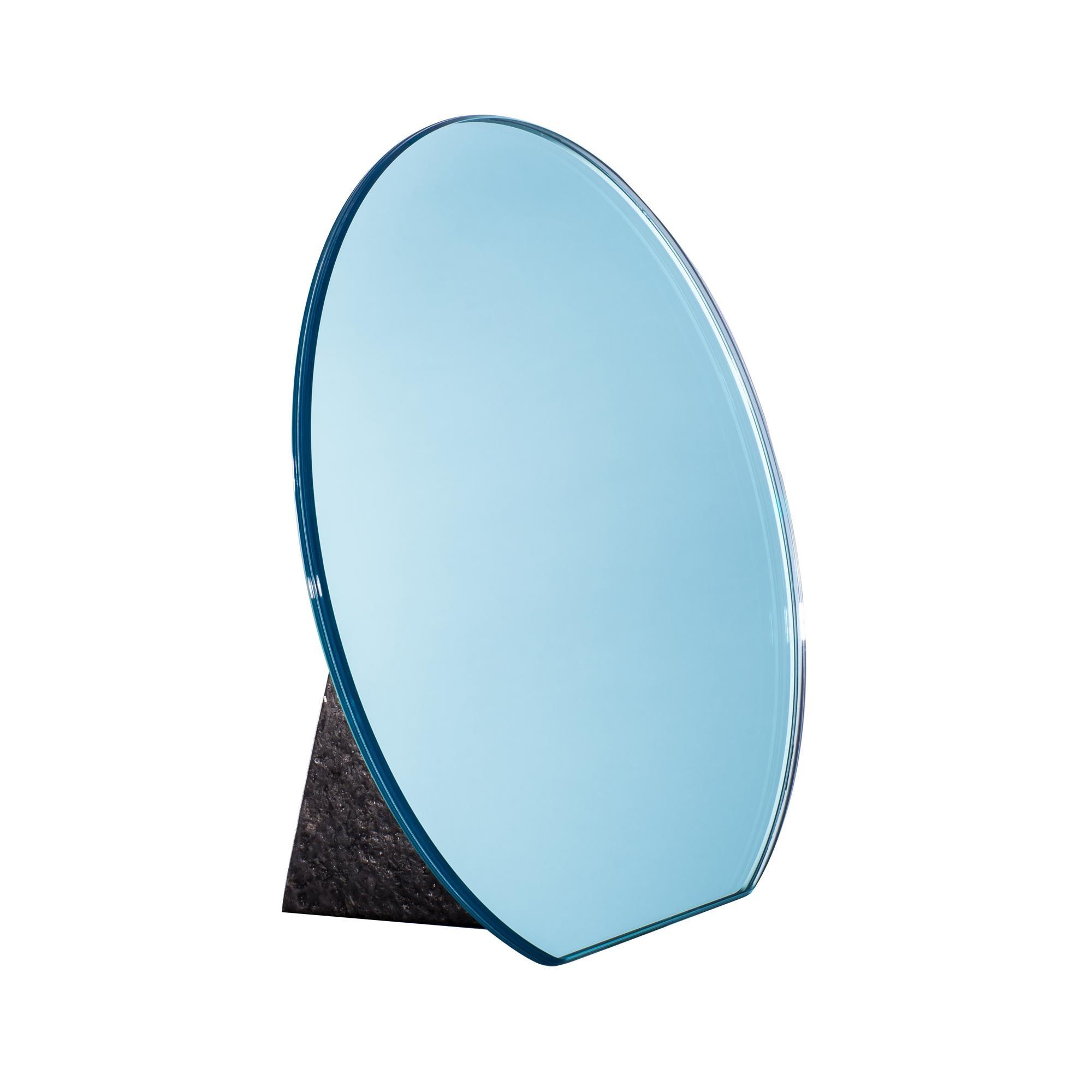 pulpo - Dita Tischspiegel Ø30cm - hellblau/Standfuß schwarz | Flur & Diele > Spiegel > Standspiegel | Hellblau | Spiegelglas| stein | pulpo