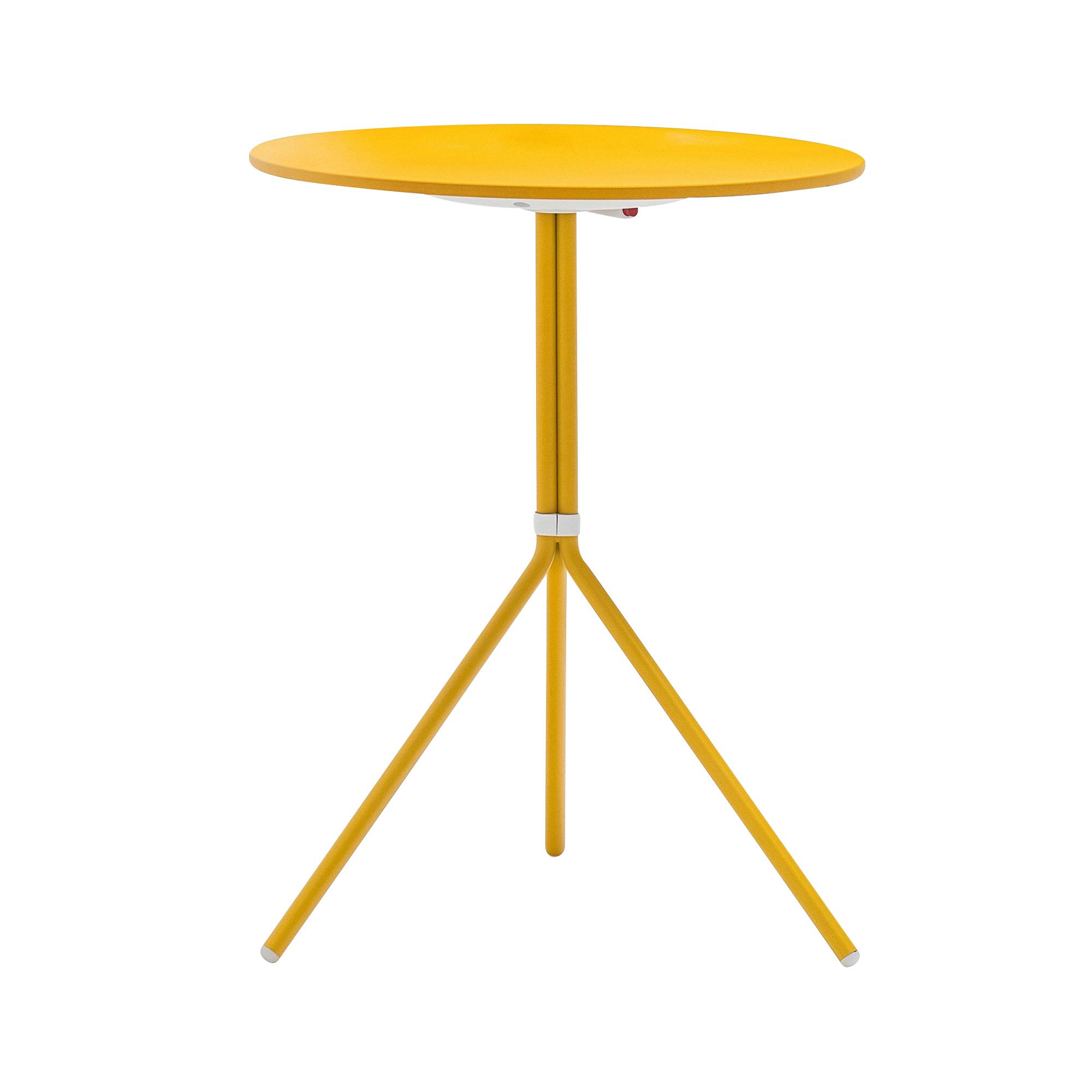 Pedrali - Nolita 5453T Gartentisch rund H 72cm - gelb/lackiert/H 72cm /Tischplatte Ø 60cm/klappbar | Garten | Pedrali