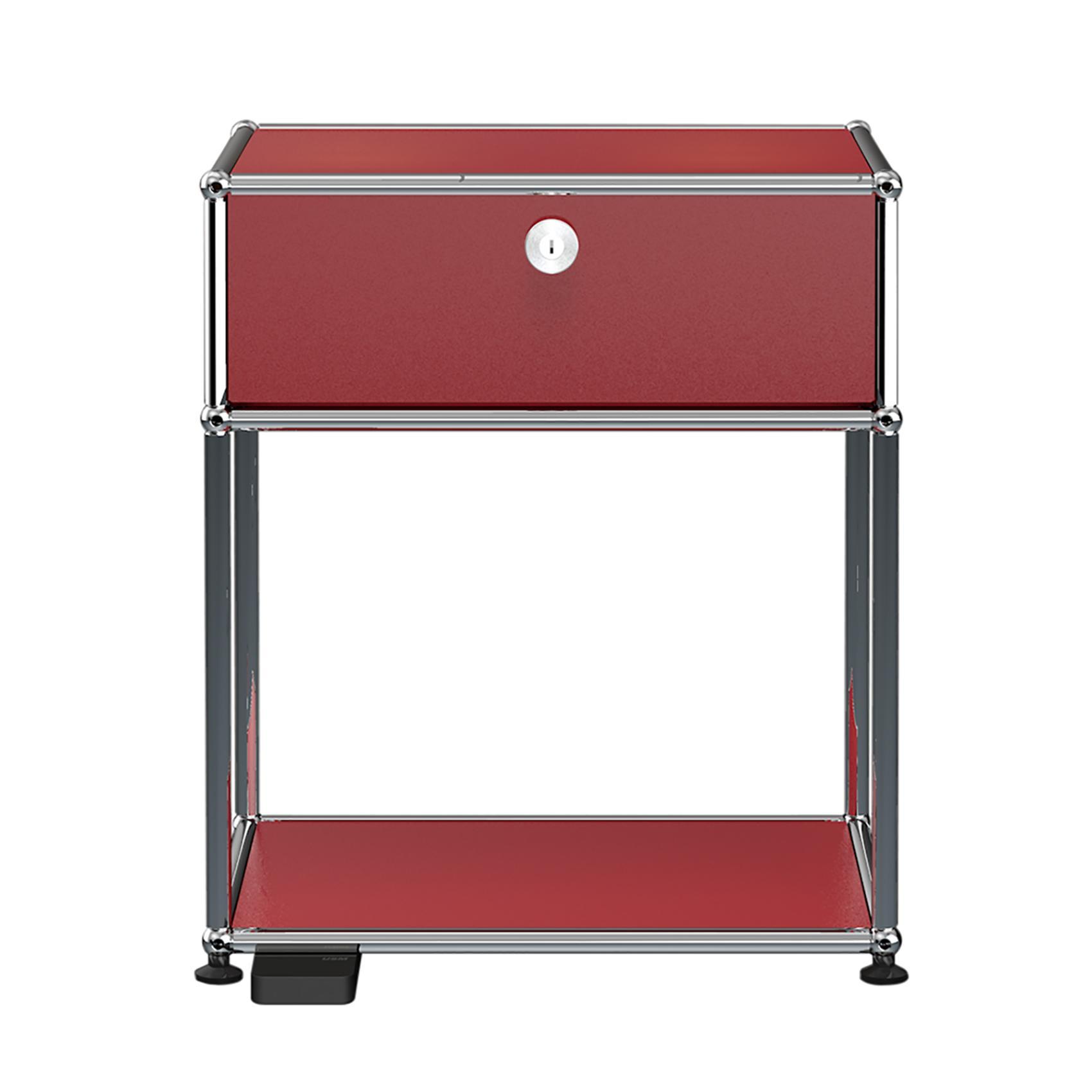 USM E Nachttisch mit dimmbarem Licht - USM rubinrot/mit einer Klapptür/mit dimmbarem Licht | Schlafzimmer > Nachttische | Usm rubinrot | Stahl verchromt | USM
