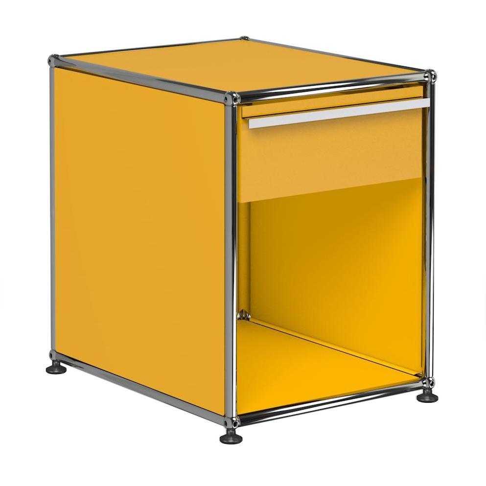USM Haller Nachttisch mit Schublade - goldgelb RAL 1004/41.8 x 54 x 52.3 cm/1 offenes Fach | Schlafzimmer > Nachttische | Goldgelb ral 1004 | Metall | USM