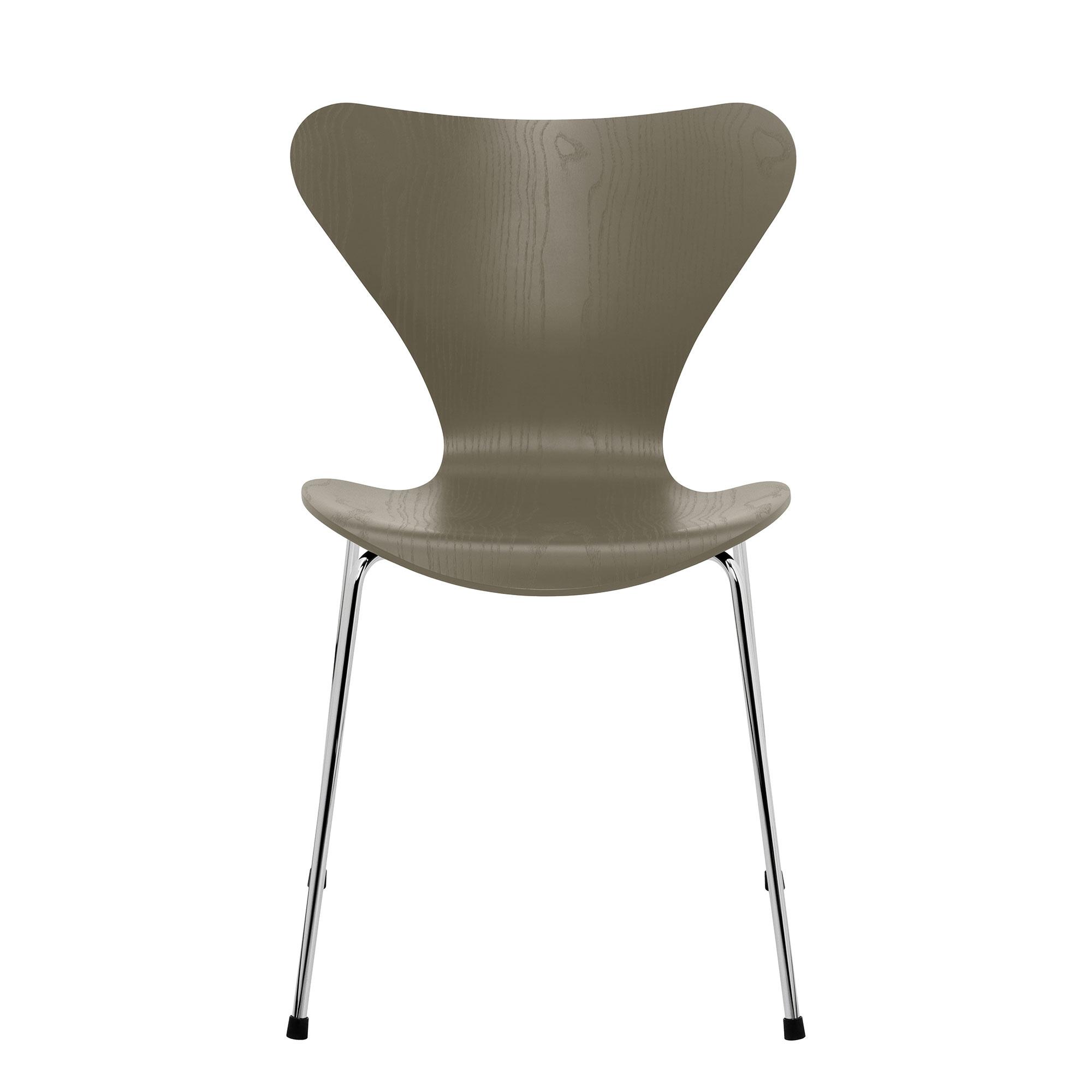 Fritz Hansen - Serie 7™ Stuhl gefärbte Esche Gestell Verchromt - olivgrün/S günstig online kaufen